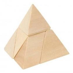 La Pirámide de Tres Lados